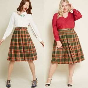 Modcloth Pleated Dream Belted Midi Skirt NEW
